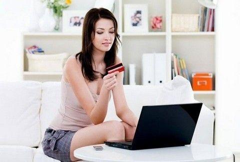 Υπάρχει λόγος και δώστε βάση: Αυτή τη μέρα προτιμότερο να γίνονται οι on-line αγορές!
