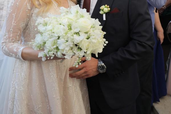 Να ζήσετε: Παντρεύτηκε αγαπημένη παρουσιάστρια του ALPHA! Δείτε φωτογραφίες και βίντεο από την εντυπωσιακή τελετή!