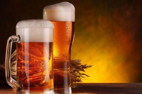 10 λόγοι για τους οποίους πρέπει να πίνεις μπύρα!