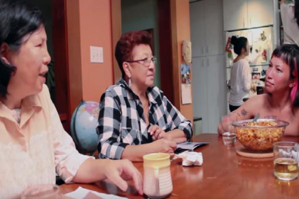 Δείτε την απίστευτη φάρσα που έκανε μια 20χρονη στους γονείς της! - Ακόμα δεν μπορούν να πιστέψουν αυτό που έζησαν! (Video)
