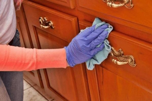 Μην κουράζεστε άδικα: 9 πανέξυπνα κόλπα για να καθαρίσετε το σπίτι σας στο... άψε σβήσε! (Photos)