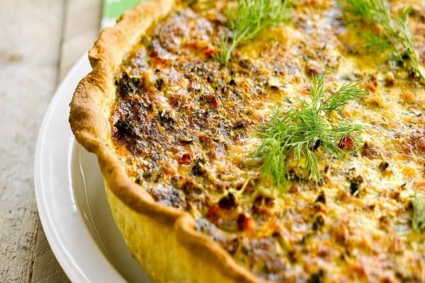 Δοκιμάστε την πιο εύκολη συνταγή για κις με σολομό και άνηθο!