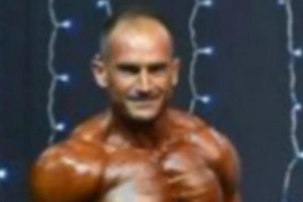 Αυτός ο αστυνομικός σάρωσε σε αγώνες... bodybuilding!