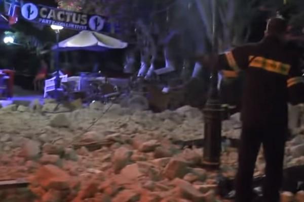 Ανατριχιαστικό βίντεο: Η στιγμή που βγάζουν τα θύματα από το μπαρ του θανάτου στην Κω!