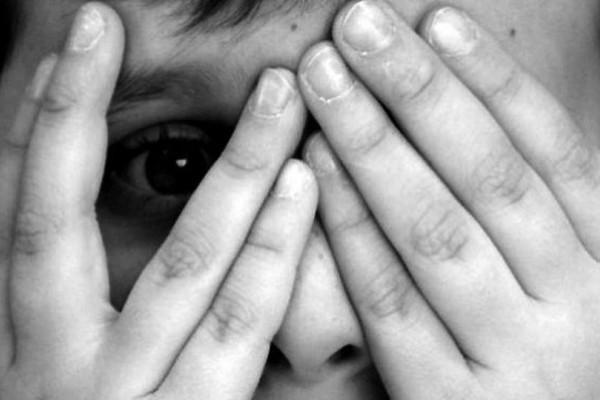 Σοκ στην Καλλιθέα: Ηλικιωμένος παιδόφιλος προσπάθησε να ασελγήσει σε αυτιστικό παιδί!