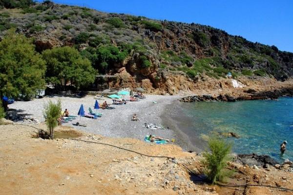 Κρήτη: Πανικός σε παραλία - 40χρονος προσπάθησε να αποπλανήσει ένα ανήλικο κορίτσι μέσα στην θάλασσα!
