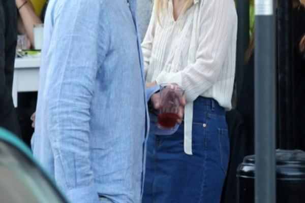 Αγαπημένο ζευγάρι της ελληνικής showbiz ξανά μαζί! Ο χωρισμός τους που συζητήθηκε έντονα και οι κοινές τους διακοπές! (photo)