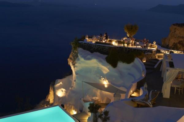 Αυτό είναι το πιο ακριβό ξενοδοχείο στις Κυκλάδες και όχι δεν είναι στη Μύκονο! Δείτε που βρίσκεται πόσο κοστίζει η διαμονή!