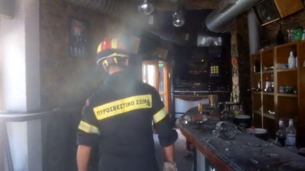 Συγκλονιστικό βίντεο: Η στιγμή που άντρες της ΕΜΑΚ μπαίνουν στο μοιραίο μπαρ μετά τον φονικό σεισμό