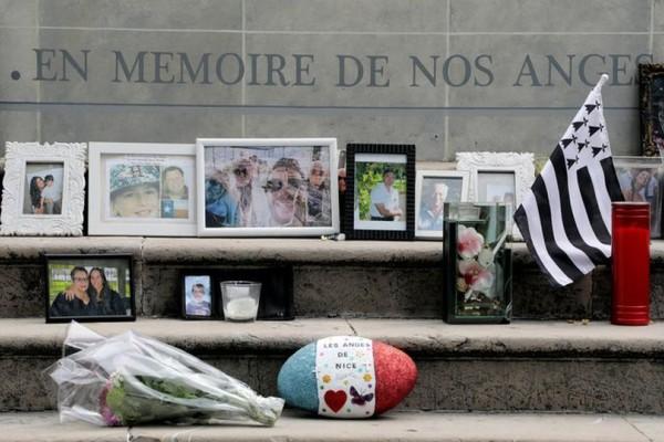 Σαν σήμερα - 14 Ιουλίου 2016: Ένας χρόνος από το τρομοκρατικό χτύπημα στη Νίκαια! Εικόνες θλίψης και σπαραγμού