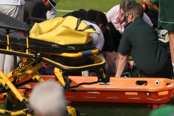 «Βοηθείστε με»: Ο σοκαριστικός τραυματισμός τενίστριας που