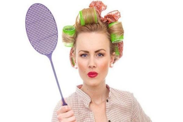 Τρομερό κόλπο: Έτσι θα εξαφανίσετε μια και καλή τις μύγες από κοντά σας!