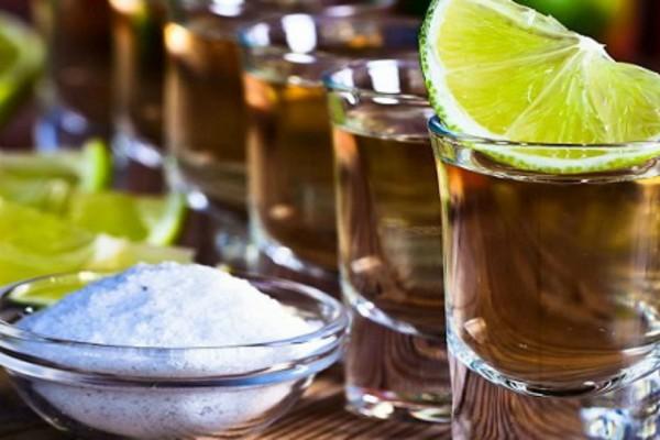 Τα αλκοολούχα ποτά που σε... αδυνατίζουν!