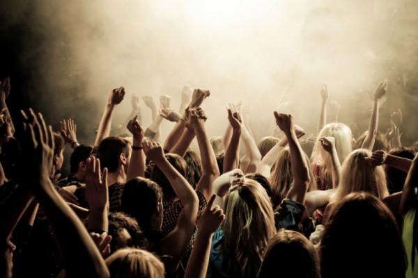 Αυτή η είναι ηλικία που πρέπει να σταματήσεις να είσαι «party animal» και να ξεχάσεις τα... club!