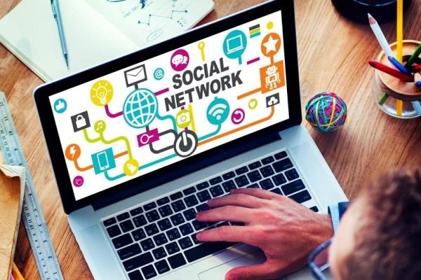 Οδηγία που σοκάρει από εισπρακτική εταιρεία: Ψάξτε τα social media των οφειλετών! (Video)