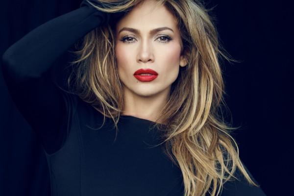 Το μυστικό της Jennifer Lopez για τέλεια εμφάνιση: Δεν θα πιστεύετε τι δεν καταναλώνει ποτέ η τραγουδίστρια!