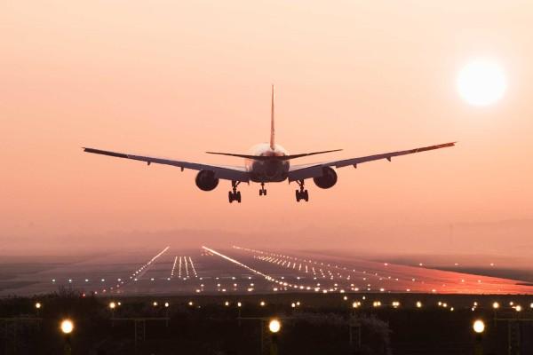 Λάρνακα: Πιλότος έκανε εκτροπή πτήσης για τον πιο ευχάριστο λόγο!