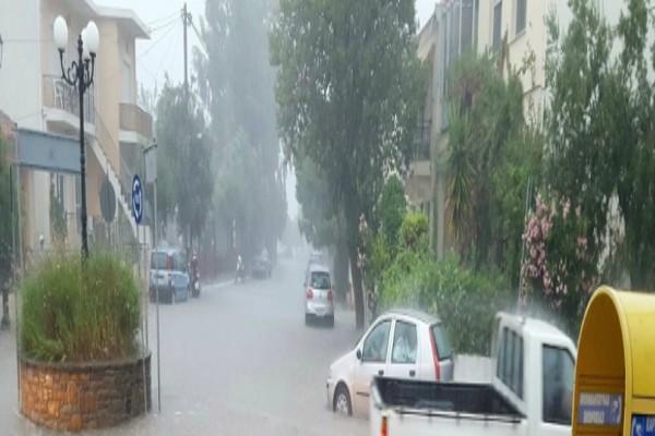 Λήμνος: Σοβαρά προβλήματα άφησε πίσω της η κακοκαιρία - Πολίτες εγκατέλειψαν τα σπίτια τους!