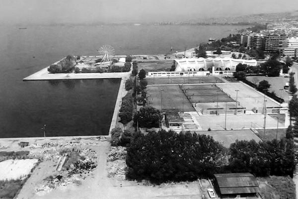 Θεσσαλονίκη: Το ιστορικό λούνα παρκ που λάτρεψε η πόλη και βρισκόταν στη θέση του Μεγάρου Μουσικής! (Photo)