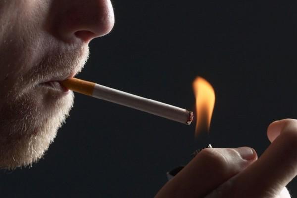 Ένα βίντεο που σοκάρει όλους του καπνιστές παγκοσμίως! - Οι επιπτώσεις του τσιγάρου στους πνεύμονες (Video)
