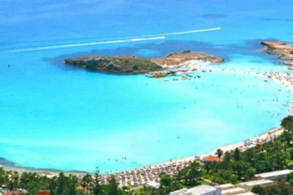 Ένα ελληνικό νησί στις 10 κορυφαίες ευρωπαϊκές αποδράσεις!