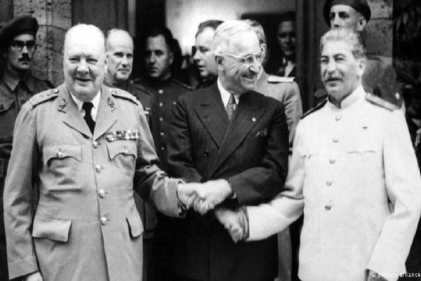 Σαν σήμερα 26 Ιουλίου του 1945 έγινε η συνδιάσκεψη του Πότσνταμ που τερμάτισε τον Β` Παγκόσμιο Πόλεμο