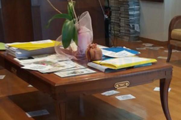 Εισβολή του Ρουβίκωνα στο δημαρχείο Ζωγράφου για τον θάνατο της 62χρονης!  (Photos)