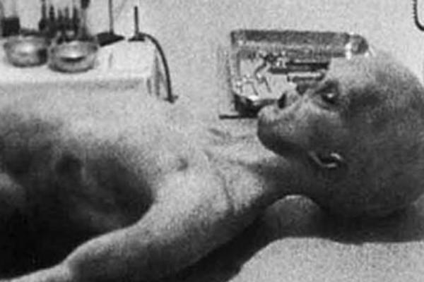 Ρόσγουελ: Η ανεξιχνίαστη υπόθεση της πτώσης του UFO και τα πτώματα των εξωγήινων!