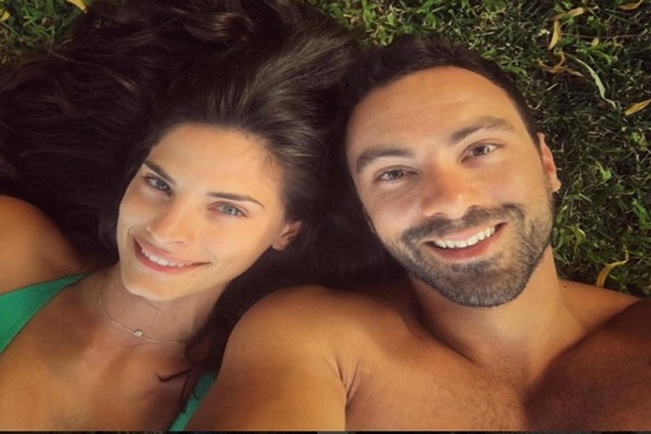 Ο Σάκης Τανιμανίδης και η Χριστίνα Μπόμπα απολαμβάνουν τις καλοκαιρινές τους διακοπές πιο ερωτευμένοι από ποτέ!