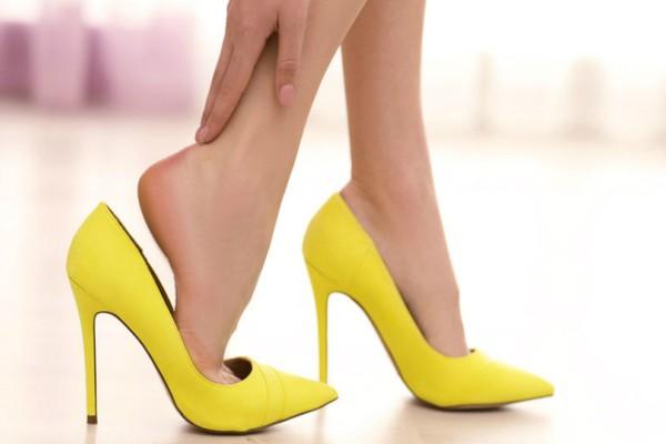 9 λόγοι που πρήζονται τα πόδια