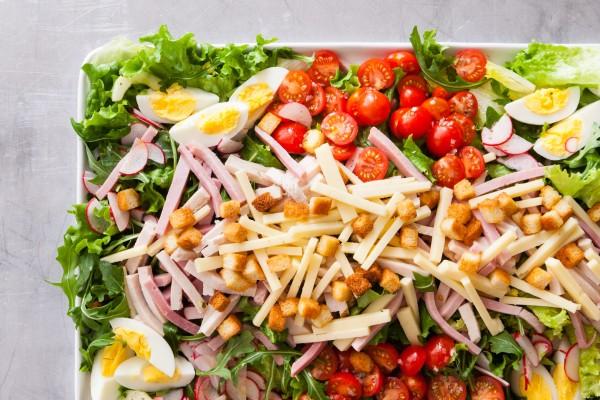 Νοστιμότατη και πολύ ελαφριά σαλάτα του σεφ!