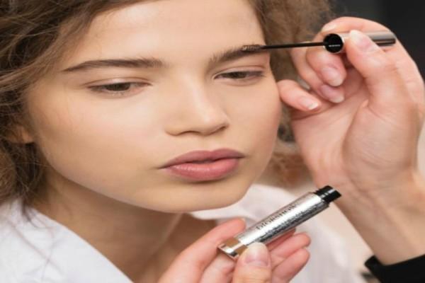 Φρύδια: Την τάση της νέας σεζόν την παρουσίασε ο Οίκος Dior!