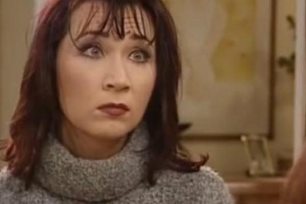 Θυμάστε την ηθοποιό Μαίρη Σταυρακέλλη; Δείτε τη σήμερα με μαγιό και χωρίς ρετούς