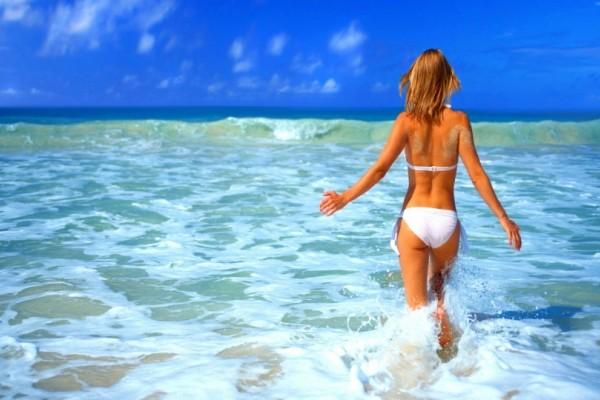 Εναλλακτικές προτάσεις για εντυπωσιακές εμφανίσεις στην παραλία!
