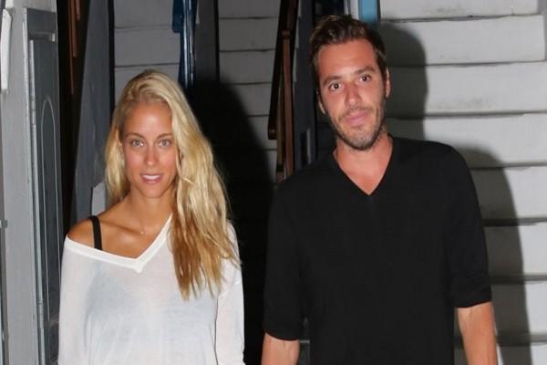 Δούκισσα Νομικού - Δημήτρης Θεοδωρίδης: Το ερωτευμένο ζευγάρι απολαμβάνει τις διακοπές του! (Photo)