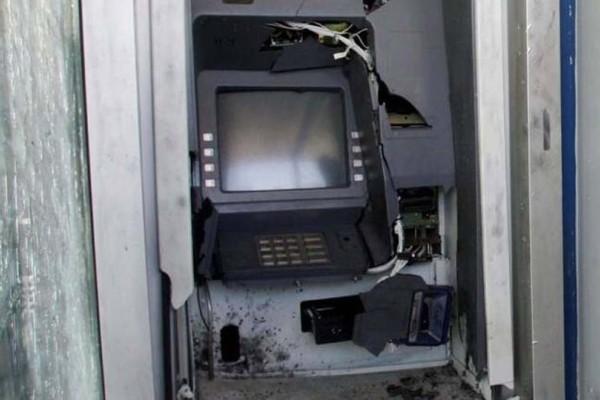 Ζάκυνθος: Άγνωστοι ανατίναξαν ΑΤΜ αλλά έφυγαν με άδεια χέρια
