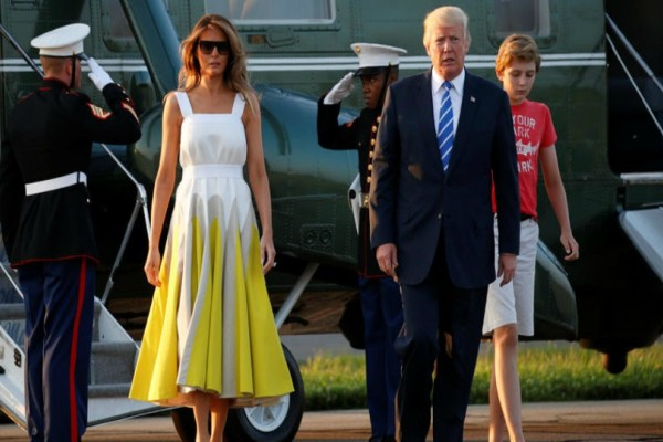 Το φόρεμα της Μελάνια Τράμπ που μέσα σε λίγες ώρες έγινε ανάρπαστο!