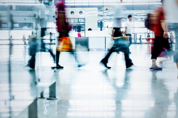 Δέκα πράγματα που δεν πρέπει ποτέ να κάνετε στο αεροδρόμιο!