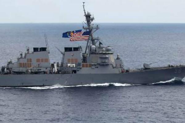 Σύγκρουση αμερικανικού αντιτορπιλικού με δεξαμενόπλοιο - 10 αγνοούμενοι