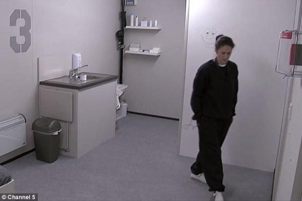 Της ζήτησαν να μείνει για 5 μέρες στην απόλυτη απομόνωση. Δέχτηκε: Αυτό που έζησε δεν το φανταζόταν κανείς! (video)