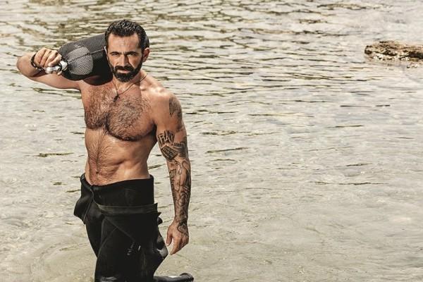 Απίστευτο: Ο Bo ποζάρει και μας δείχνει την αλλαγή στο σώμα του λίγο καιρό μετά το Survivor! - Θα πάθετε πλάκα! (Photo)