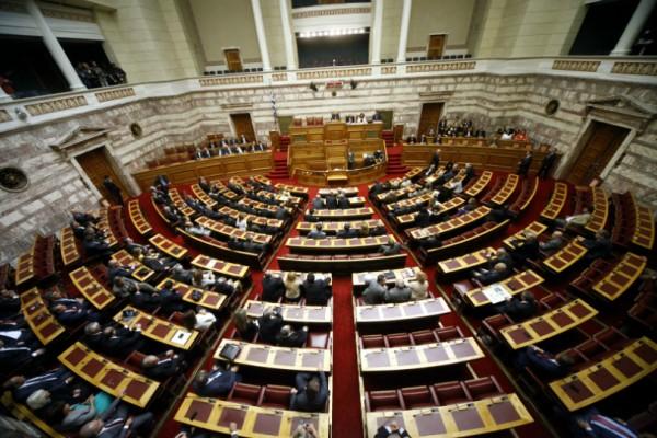 Κρατική χρηματοδότηση 3.114.000 ευρώ στα κόμματα: Δείτε πόσα παίρνει το καθένα