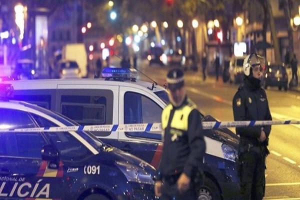 Τρομοκρατία στην Ισπανία: Τουλάχιστον 13 νεκροί και 100 τραυματίες από τις αιματηρές επιθέσεις! (Photo & Video)