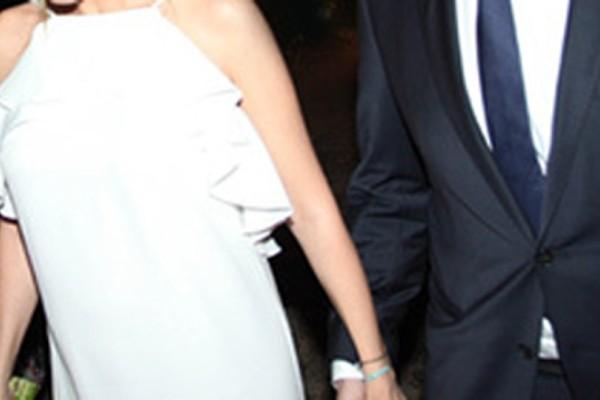 Βάφτισε την κόρη του ένα από τα πιο πολυσυζητημένα ζευγάρια της ελληνικής showbiz! Τρυφερά τα πρώτα στιγμιότυπα - Ο λόγος για τους...
