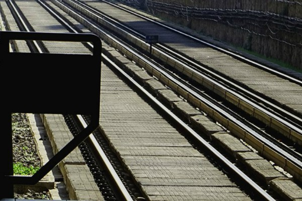 Τραγική είδηση! Ο στρατιώτης στην Οινόη φορούσε ακουστικά και δεν άκουσε το τρένο!