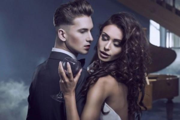 Ζώδια και σχέσεις: Οι ερωτικές φαντασιώσεις που απογειώνουν το καθένα!