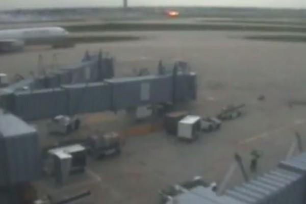 Βίντεο - σοκ: Η στιγμή που Boeing 767 τυλίγεται στις φλόγες ενώ απογειώνεται!