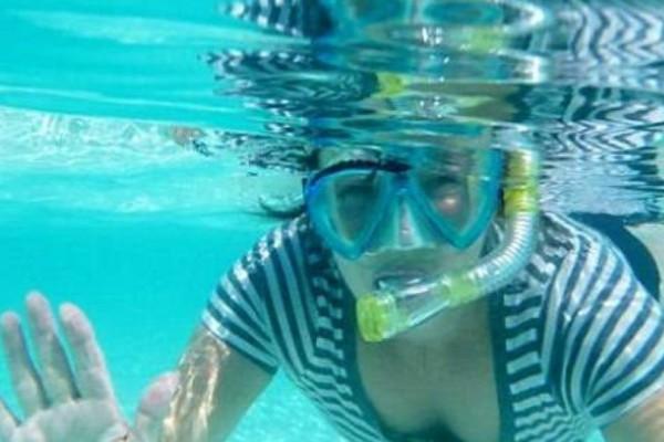 Σάλος: Έπαιρνε επίδομα αναπηρίας και πήγε για διακοπές στις Μαλδίβες!