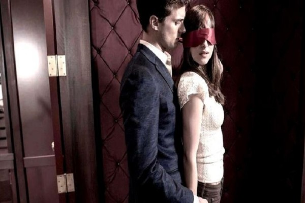 «50 αποχρώσεις του γκρι»: Αυτός είναι ο λόγος που οι γυναίκες λάτρεψαν την ταινία αυτή και οι άντρες την μίσησαν