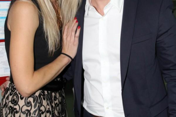 Διαζύγιο «βόμβα» στην ελληνική showbiz! Μετά από 2 χρόνια γάμου τα διέλυσαν όλα! Ο λόγος για τους…